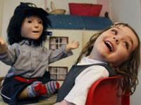 英国机器人帮助孤独症儿童康复